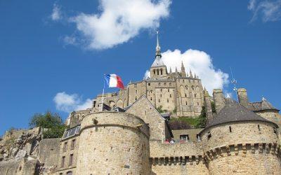 Quels sont les éléments essentiels du patrimoine normand ?